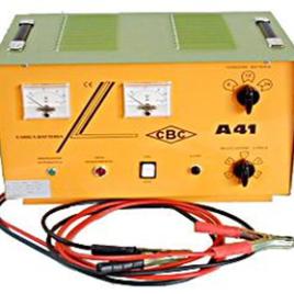 Carica batterie 6/12/24 modello A41